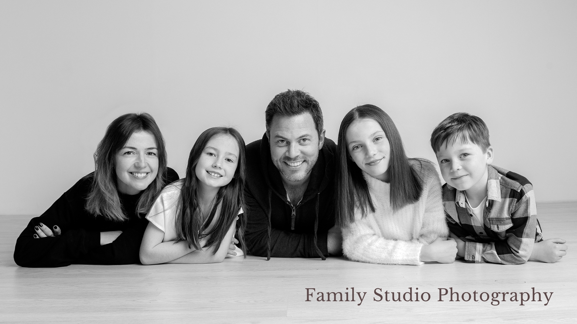 Darlington-Family-Studio-Photography- Stan-Seaton-Photography-2.jpg