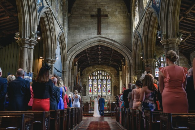 Stan-Seaton-Photography-bride-and-groom-at-the-altar