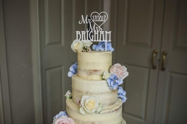 Stan-Seaton-Photography-Headlam-Hall-wedding-cake