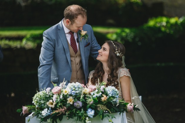 039 Durham-Castle-Wedding-Photographer-Stan-Seaton-signing-of-register.JPG